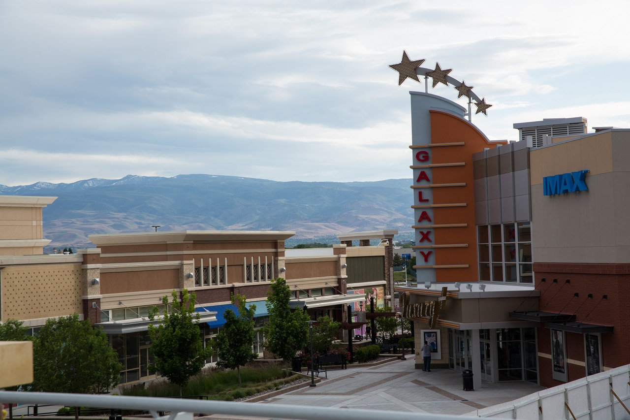 Shopping in Reno at The Outlets at Legends